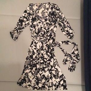 {bcbg Generation} wrap dress xs